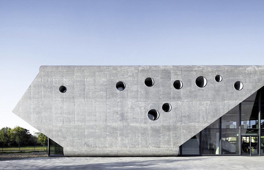 Budynek Muzeum Lotnictwa Polskiego w Krakowie