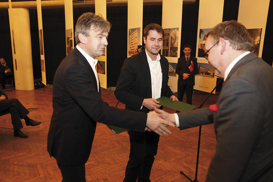 Biuro Projektów Lewicki Łatak otrzymało wyróżnienie za fabrykę w Świdnicy