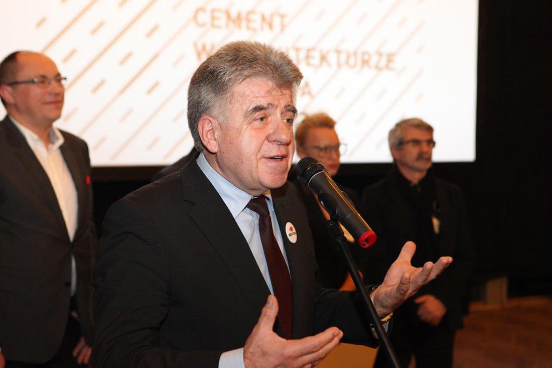 prof. Jan Deja, dyrektor biura Stowarzyszenia Producentów Cementu