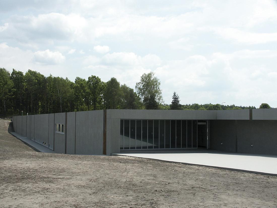Nagrodę główną oraz wyróżnienie SPBT przyznano za projekt i realizację obiektu, w którym świadome zastosowanie betonu jako tworzywa architektonicznego współdecydowało o czytelnym i spójnym wyrazie architektonicznym założenia pomnikowego w Bełżcu