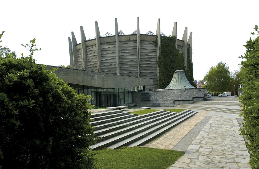 Budynek muzeum Panoramy Racławickiej – arch. Marek Dziekoński
