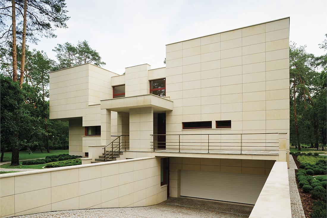 Steinhaus w Konstancinie